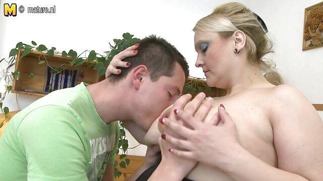Magic, linda nova e perfeita colecção, vídeo pornô com mulher virgem a cabra esbofeteou-me. Part 4.